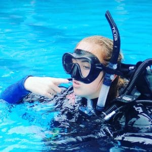 work abroad as a scuba instructor