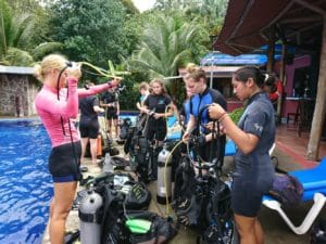 7 reasons divemasters are awesome