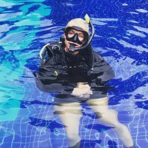 PADI Divemaster in the pool in Costa Rica